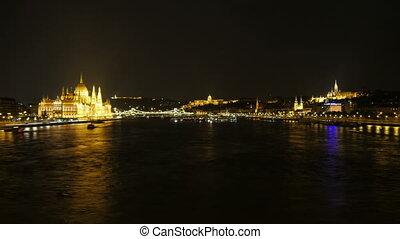 """Chain Bridge view at night, budapest, hungary, timelapse"""