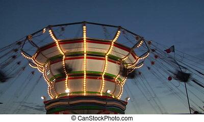 chain carousel 02
