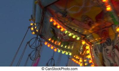 chain carousel 03