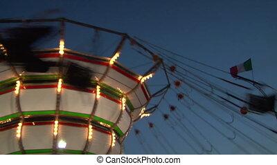 chain carousel slow motion 03