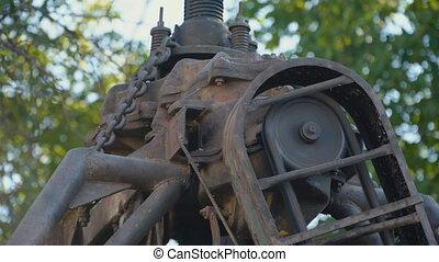 chain movement close-up - chain movement of the machine...