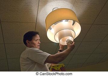 Chaingin light bulb