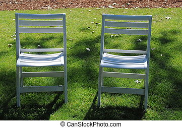 chaises, herbe pelouse