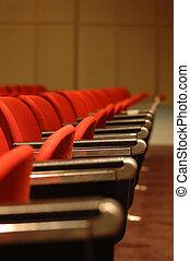 chaises, rouges