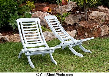 chaises, teak, blanc