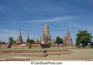 Chaiwattanaram temple