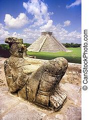 Chak Mul Mayan statue