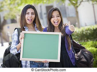 chalkboard, school, hardloop, vrouwlijk, scholieren, twee,...