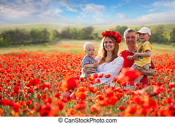 champ, rouges, famille, coquelicots