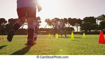 champ, slalom, football, femme, formation, joueur, 4k