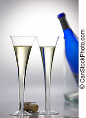 Champagne Glasses / Champagne glasses [(c) www.BilderBox.com, Erwin Wodicka, settlers row 3, A-4062 Thening, Tel + 43 676 5103 678.Verwendung only against FEES, DOCUMENT, THE WORDS COPYRIGHT and Polic