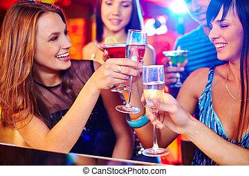 champanhe, meninas