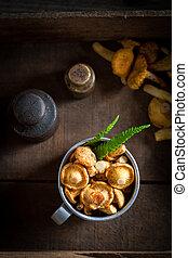 champignons, été, directement, forêt, frais