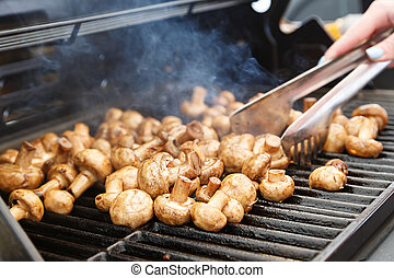 Champignons on the grill