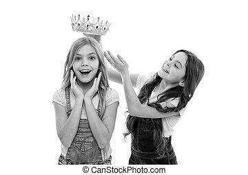 champion., かわいい, わずかしか, 勝者, チャンピオン, coronation., ある, 壮観, そこに, 報われる, 1(人・つ), ∥たった∥, crown., 子供, 小さい, 冠をかぶせられた, 女の子, 愛らしい, 幸せ