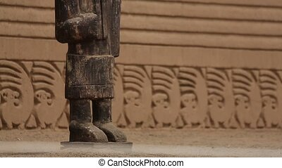 Chan Chan in Peru - Video-footage of the Ruins of Chan Chan...