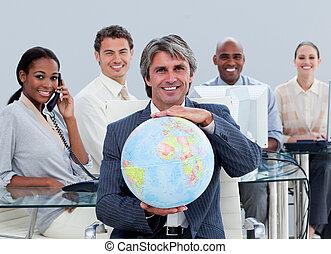 chanceux, equipe affaires, au travail, projection, a, globe...