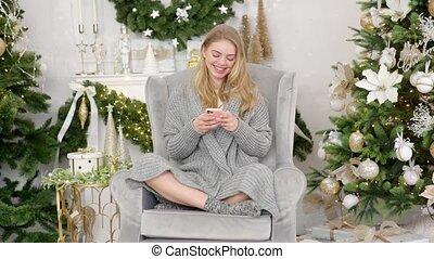 chandail, sourire, branché, confortable, sittin, confortable...