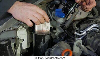 Change fuel filter car service