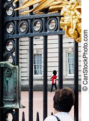 Changing guard at Buckingham