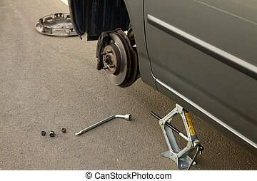 Changing tyre