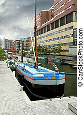 Channel dock