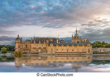 Chantilly chateau - Chantilly castle reflecting in the water