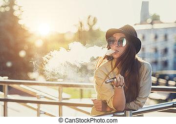 chapeau, femme, joli, appareil, image., noir, hipster, ...