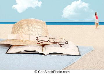chapeau, livre, plage, lunettes