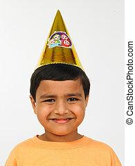 chapeau, papier, conique, asiatique, gosse