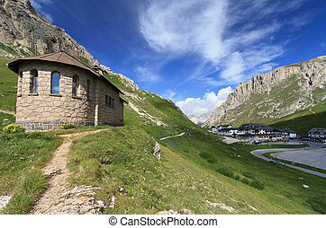 chapel in Pordoi pass