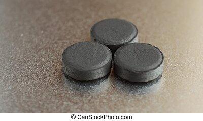 charbon de bois, activé, haut, fermé, carbone, pilules