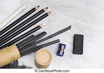 Charcoal painting equipment