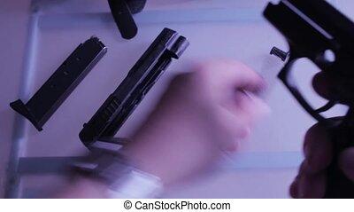 chargé, pistolet, disassembly