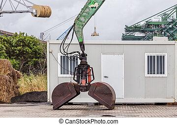 chargement, vieux, excavateur, sand., seau, port maritime