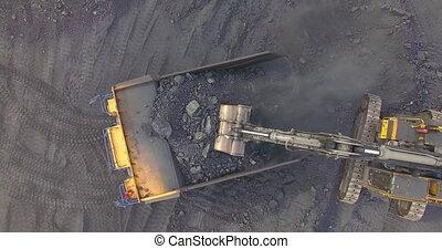 chargements, excavateur, sommet, charbon, vue