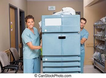chariot, couloir, infirmières, hôpital, pousser, lin, rempli