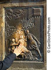 Charles Bridge statue Nepomuk 03