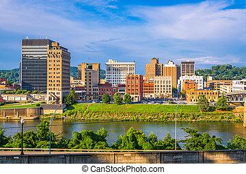 Charleston, West Virginia, USA skyline on the Kanawha River