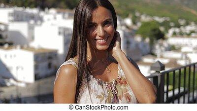 charmer, modèle, apprécier, lumière soleil, sur, balcon