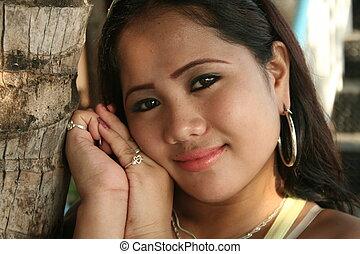 charming filipina