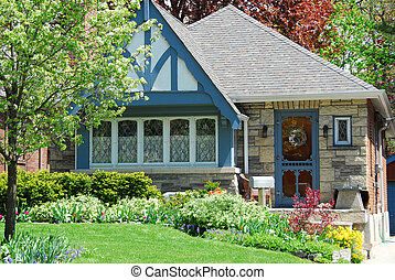 Charming house with nice landscaping