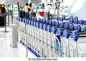 charrettes, passagers, aéroport