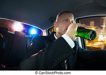 chassé, bière, police, boire, homme