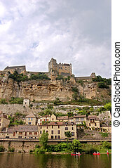 Chateau Beynac from the Dordogne