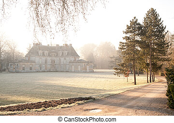 Chateau d'Acquigny - Beautiful chateau Acquigny in winter ...