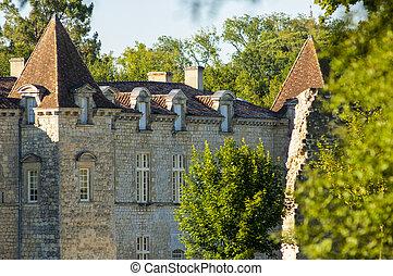 Chateau de Cazeneuve, Prechac, Bordeaux region.