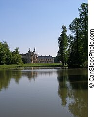 Chateau de Chantilly - Chantilly castle park - Castle of...