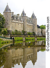 chateau, josselin, bretagne, frankreich