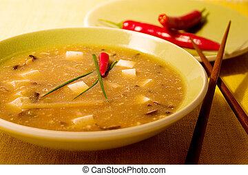 chaud aigre, soupe